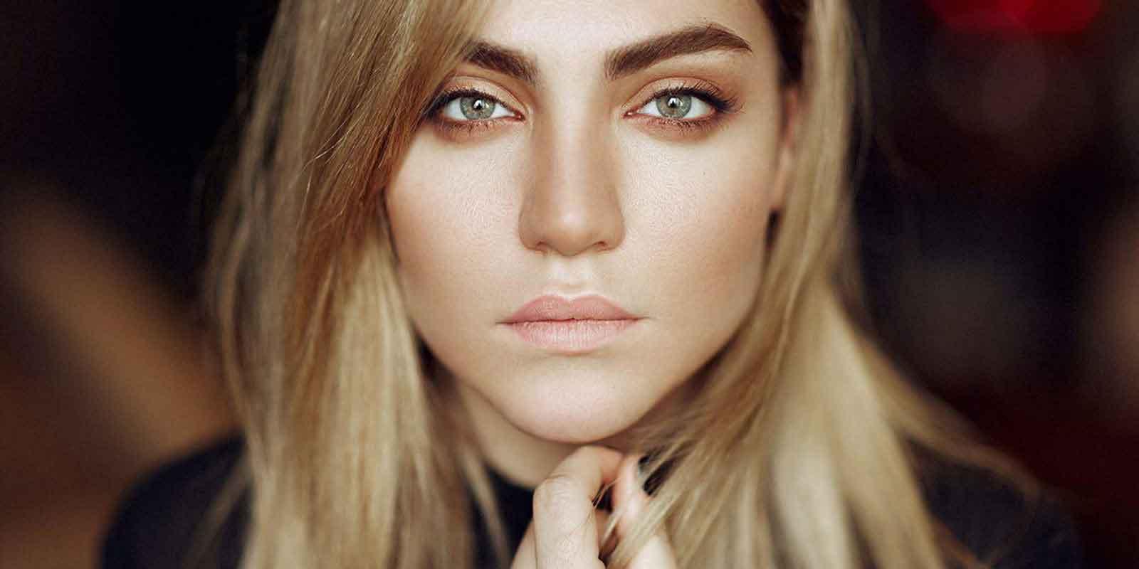 کلینیک زیبایی ساعی- خدمات کاشت مو کاشت ابرو زاویه سازی صورت لیزر موهای زائد