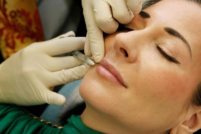 زاویهسازی صورت با تزریق ژل
